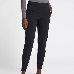 Nike Bliss Lux Women's Mid-Rise Training Pants